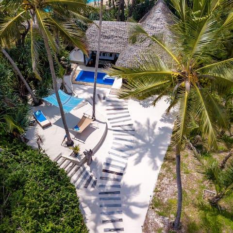 Azhari, the One & Only unique Diani Beach Suite