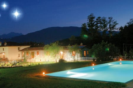 Apt Lucia with pool & beautiful Tuscan countryside - Villa Collemandina - Wohnung
