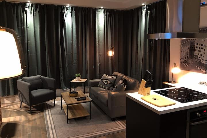 Ultimate downtown loft @ Maison EVANGELINE