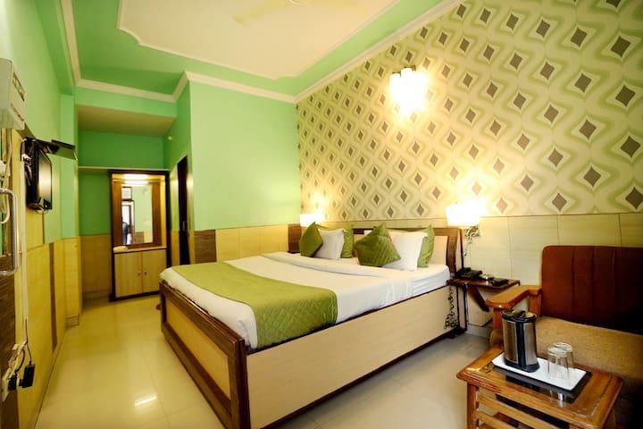 Exquisites  Super deluxe room in jaipur