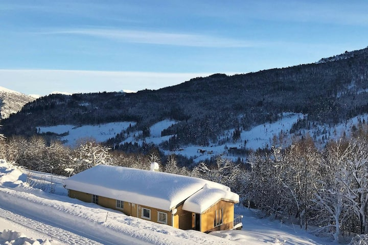 6 person holiday home in STRANDA