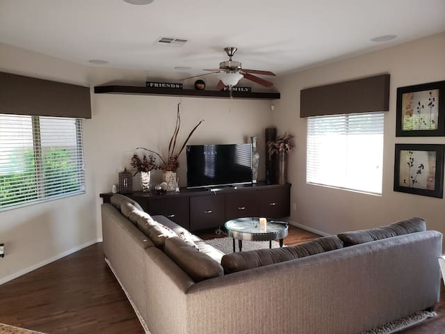 Entire house, with cable TV. 7 miles to the strip.