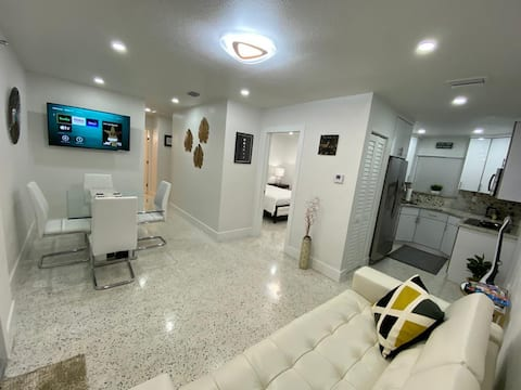 💎💎Stylish 2 Bedrooms Apartment by Miami Airport