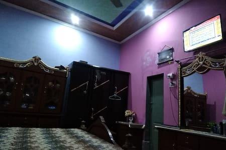 Mistri Akram house