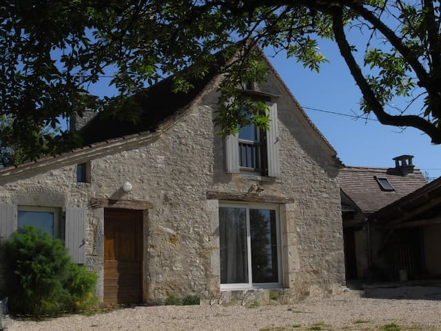 Independant house in a typical farmhouse in Quercy - Saint-Martin-Labouval - Huis