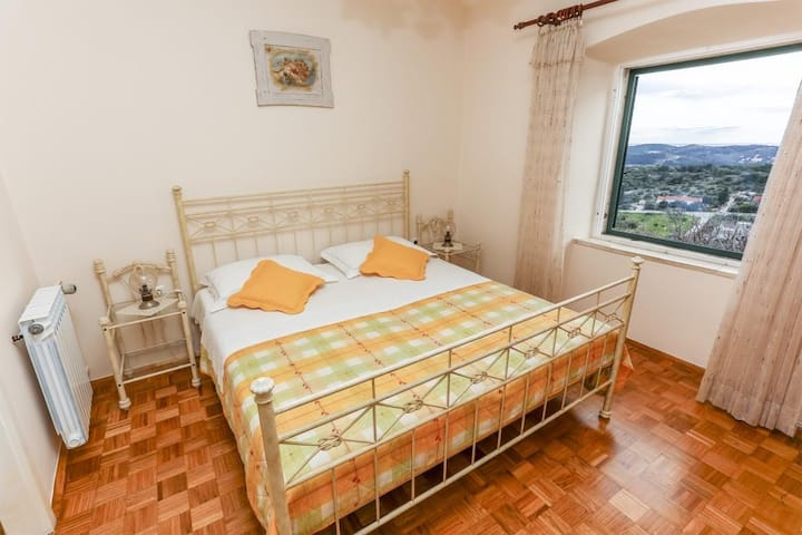Guest House Savonari - Comfort Double Room with Patio and Sea View