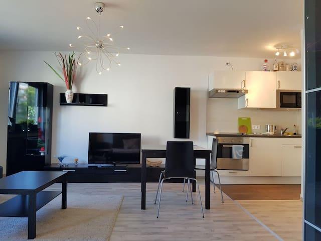 Sehr schöne moderne Wohnung Schwabing Zentral WLAN - Münih