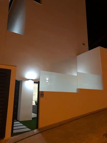 Entrance to studioapartman
