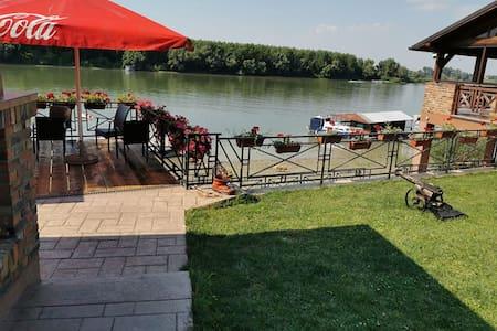 Holiday home Studio on Danube, near Novi Sad