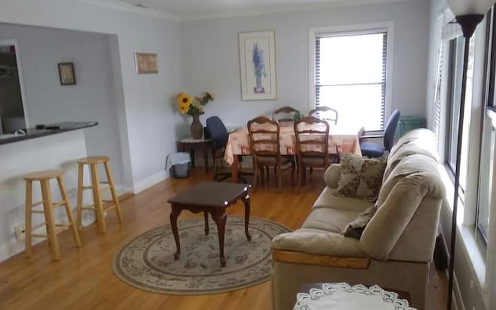 Entire House 3-bedroom  near O'Hare