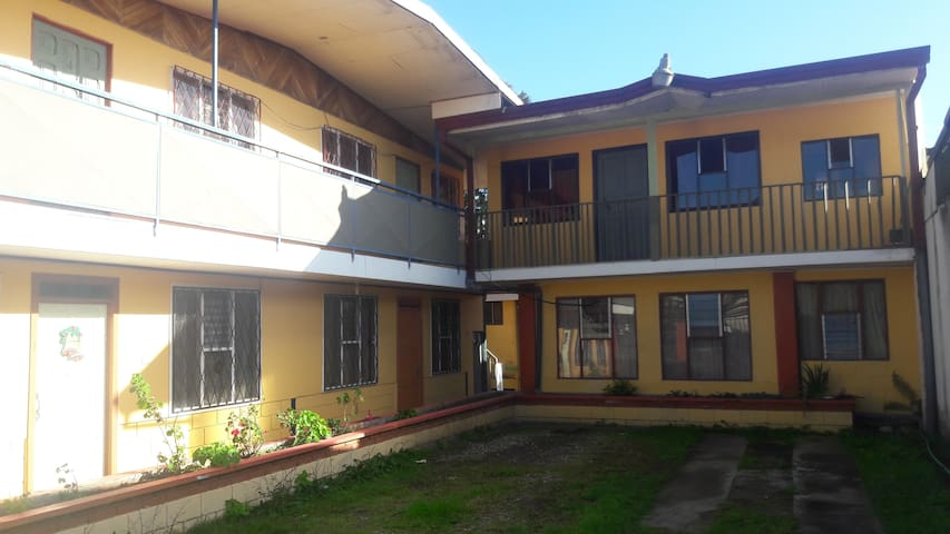 Apartamentos Los Angeles Cartago, Costa Rica - Cartago - Apartment