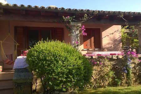 peacefull semi detached house close to the sea - Provincia di Olbia-Tempio - Andere