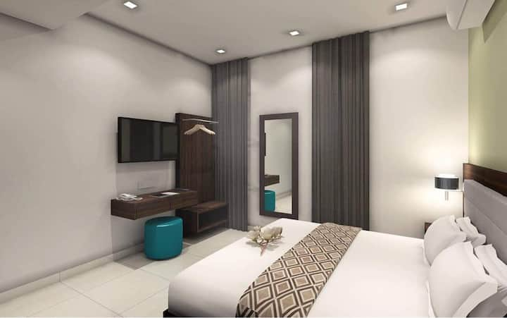 Double Room near D Pulze Shopping Mall