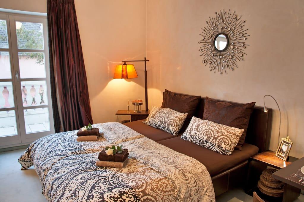 20min zentrum romantisches zimmer mit balkon h user zur miete in m nchen bayern deutschland. Black Bedroom Furniture Sets. Home Design Ideas