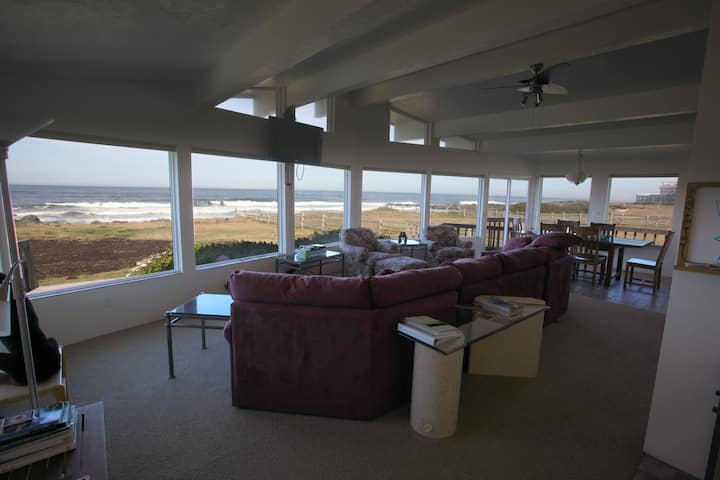 Ocean Front Panoramic View Home