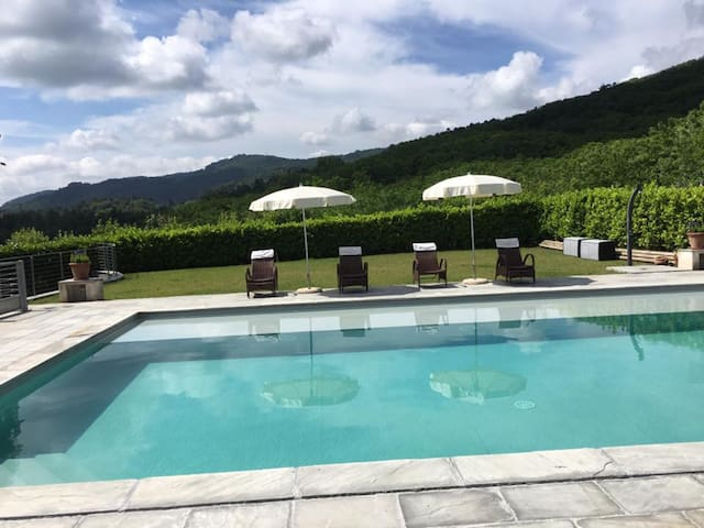 Welcome to lush Tuscany and beautiful Villa Adriano