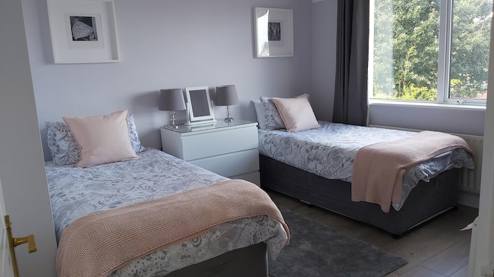 Private Room in Bray close to M50