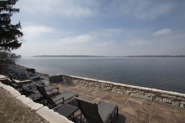 Delavan Lakefront Home with beautiful lakeside patio - Sunset Views
