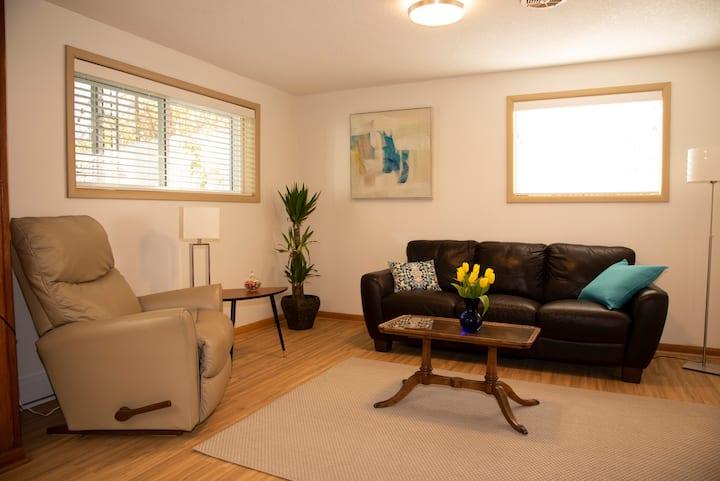 Bridgeland-Beauty:Central-Classy-Clean-Comfortable