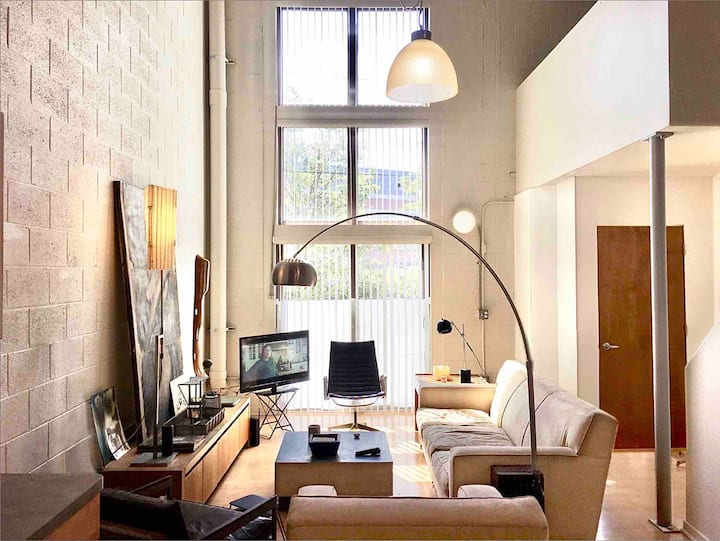 Artists Loft, Amazing Light & Locatn near Downtown
