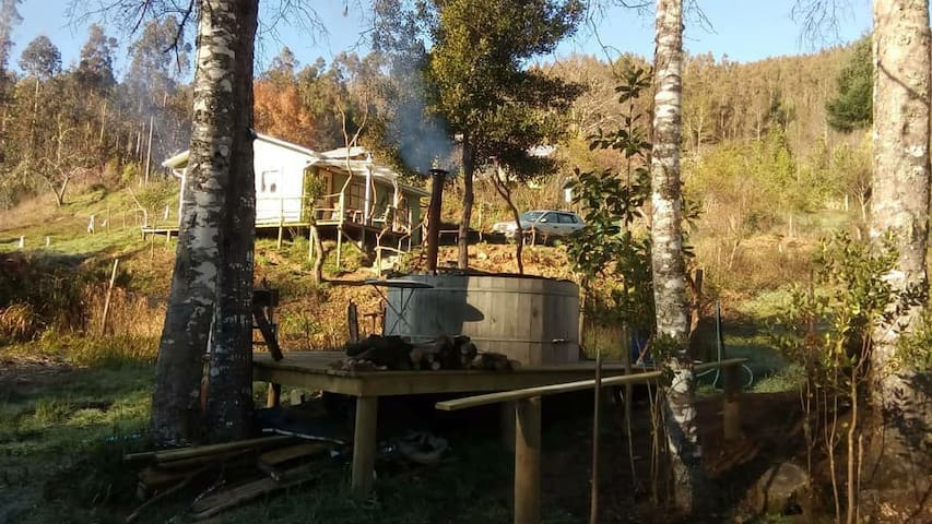 Cabaña con tinaja a 25 minutos del Lago Lleu Lleu