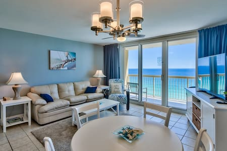 Pelican 16th floor 1 bedroom Condo on the beach