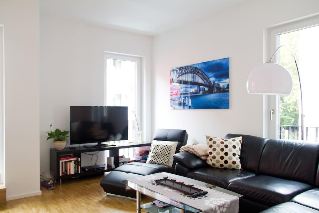 Wohnbereich mit offenem Übergang zum Wohn/Essbereich