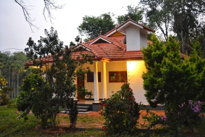 Spice Fields Cottage - Farm Stay Wayanad