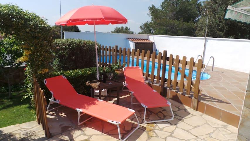 Preciosa casa,swimming pool piscina vallada,barbac