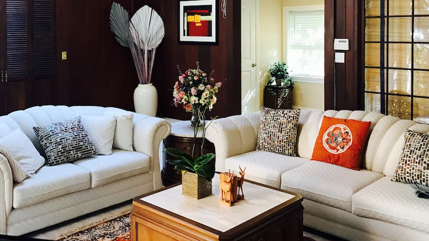 Luxury 4 BR/3 BA Home in San Mateo Near SFO - San Mateo - Talo