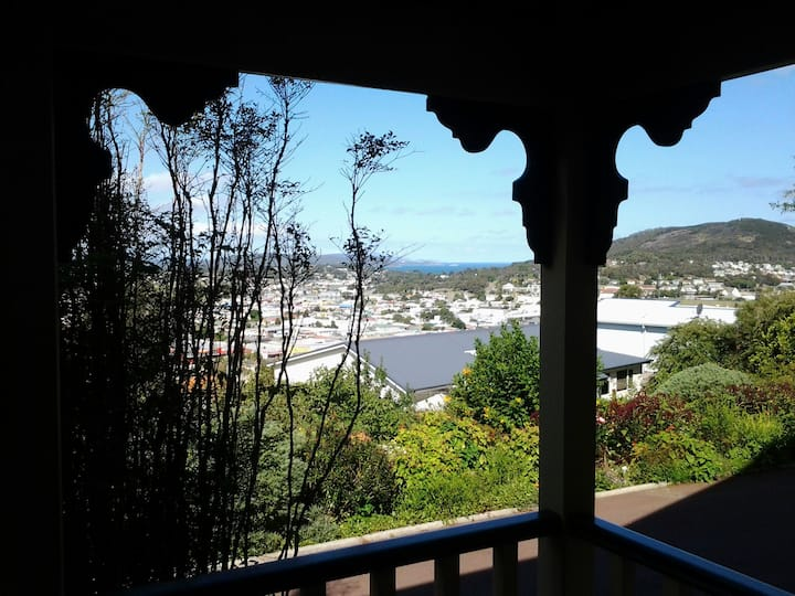 Baycity Views Apartment