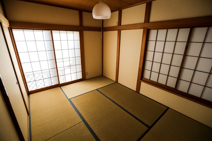 Japanese traditional type room
