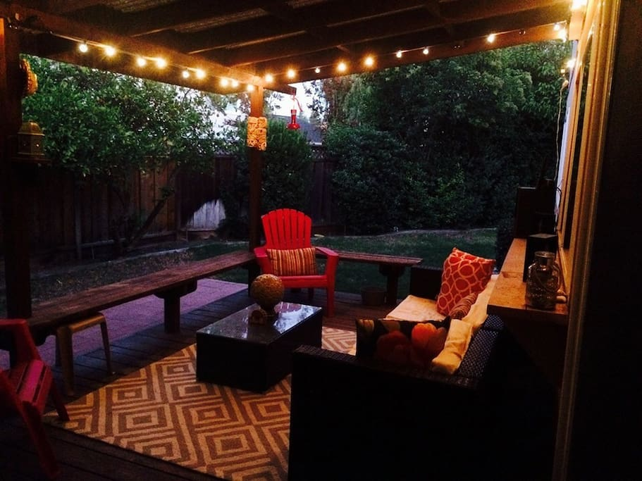 The furnished patio in the backyard.