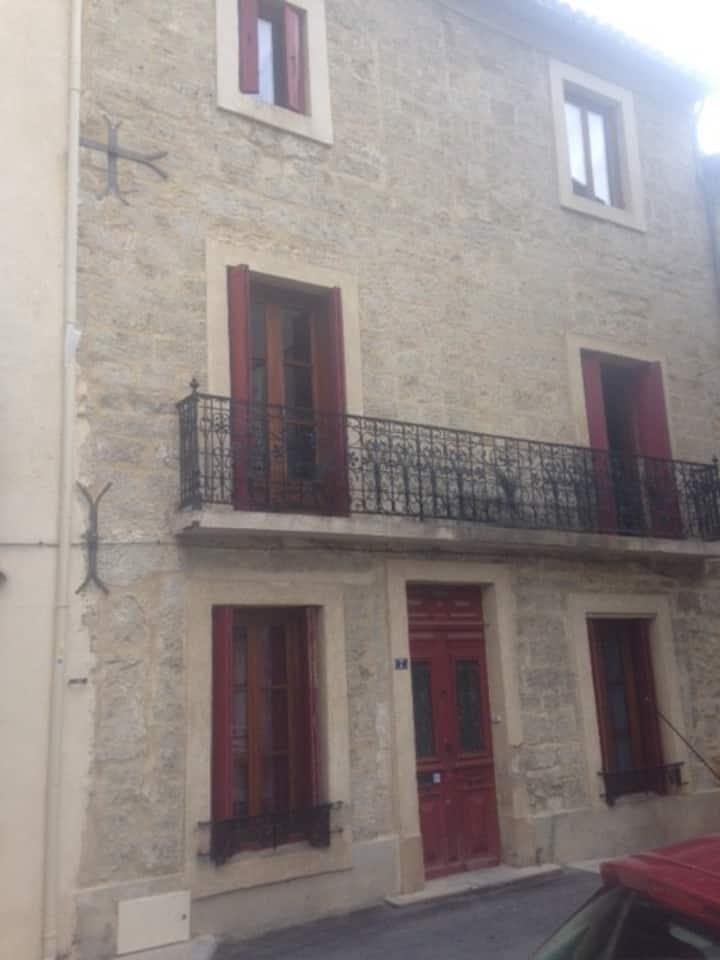 chambre +pt dej ds maison de maître, centre Gignac