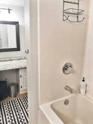 Shower/jetted tub combo