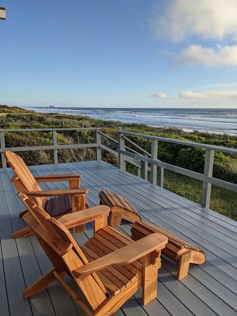 The Gullymonster Oceanfront Beach Cabin
