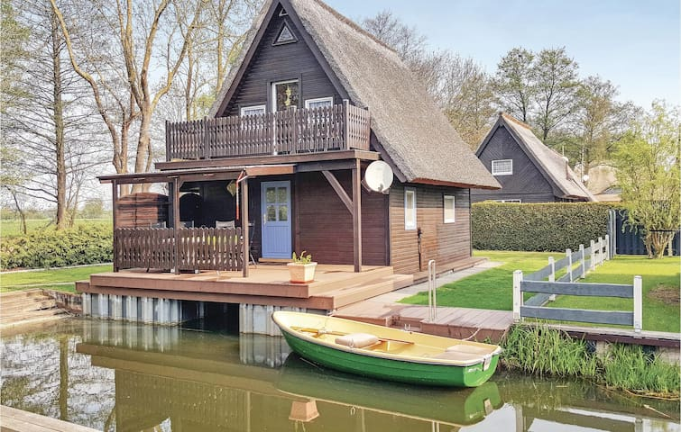 Holiday cottage with 2 bedrooms on 56m² in Teterow