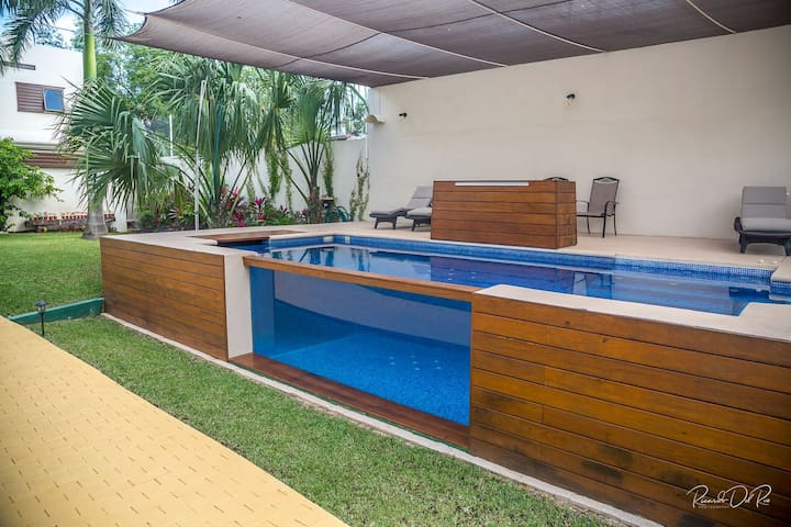 AZCAPRI®,Pool, Suitable for 10 Min, Queen Size Bed