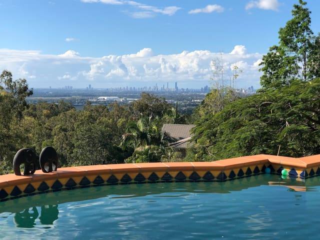 Gold Coast Heavenly Views - Skyline Apartment