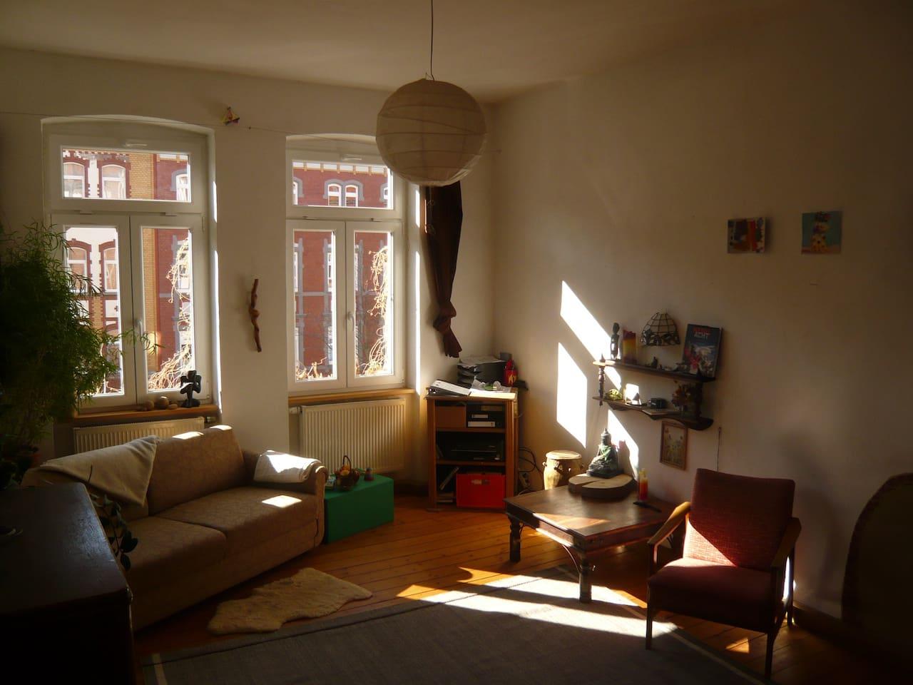 Wohnzimmer-Nachmittagssonne- Living Room