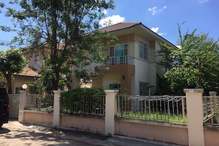 3BR 2FL House Sittarom Park Life Udonthani