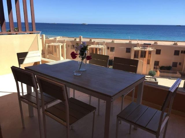 PLAYA D'EN BOSSA 3 ROOMS , SEA VIEW !
