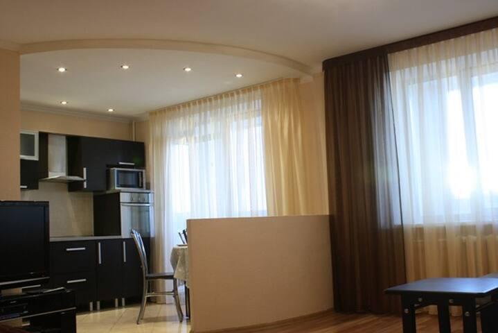 Отличная квартира в центре города - Penza - Apartmen