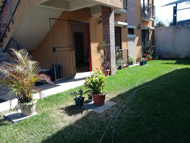 Apartment 10 -15 min from Airport - Flores - Daire