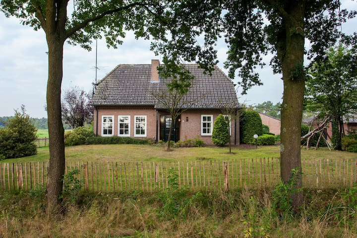 Authentic Holiday Home in North Brabant by the Forest