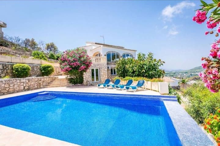 Private Villa with Stunning Sea & Mountain Views