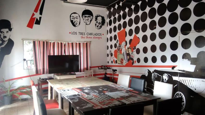 Habitacion Privada / Casa de familia Villa Allende - Villa Allende - บ้าน