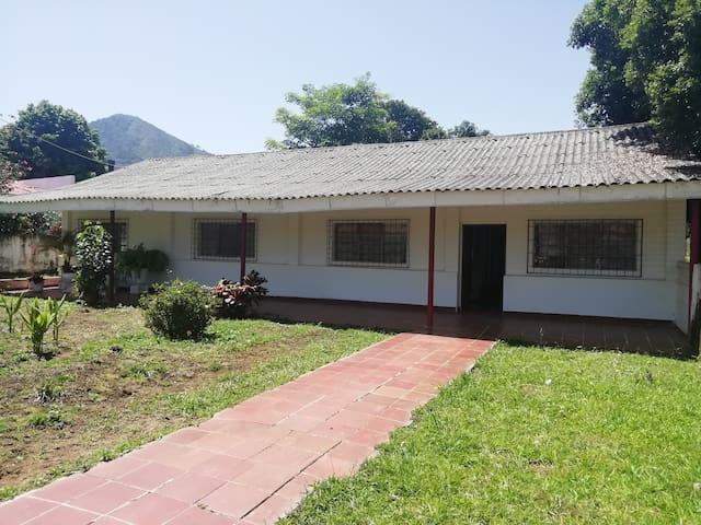 Casa campestre en Pueblo Bello, Cesar