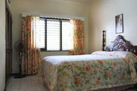 Comfort Kingdom  Villa  Room # 2
