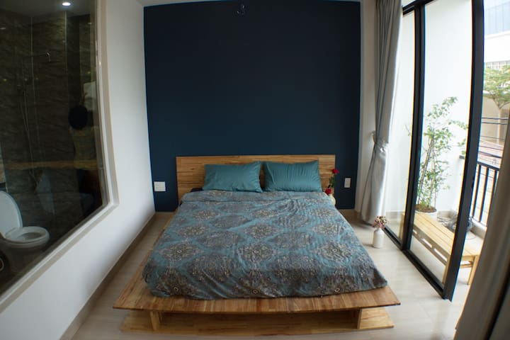 SUNSHINE BEDROOM WITH RELAXING VIEW - DaNang - Apartamento